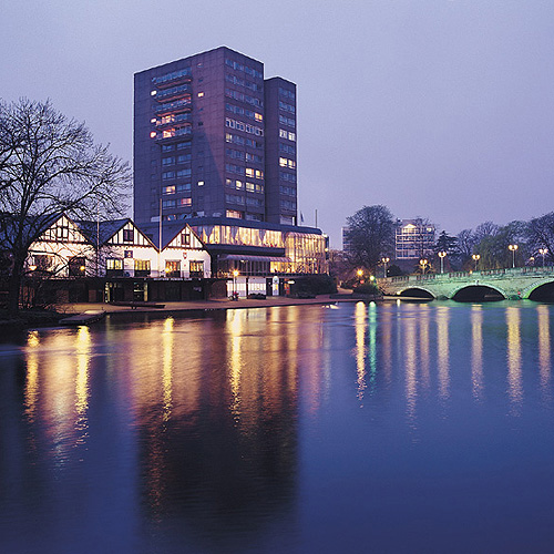 Park_Inn_Bedford.jpg