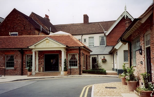 The_Inn_Woburn.jpg
